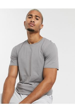 Only & Sons Longline curved hem t-shirt in grey