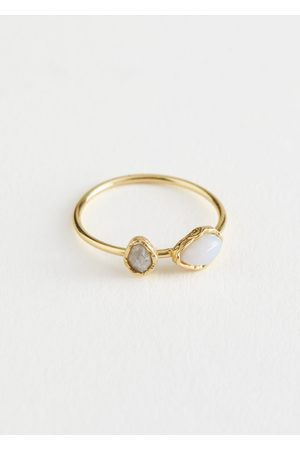 & OTHER STORIES Duo Stone Pendant Ring - White