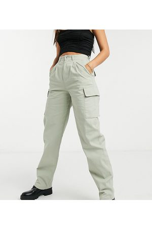 ASOS ASOS DESIGN Tall pleat front chino with cargo pockets in sage-Green