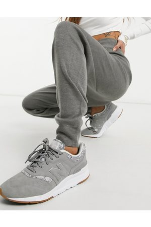 Ax Paris Premium knitted joggers in grey marl