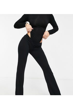Fashionkilla Exclusive v front flare trousers in black