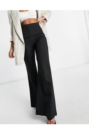 Club L Club L tailored flare trouser in black