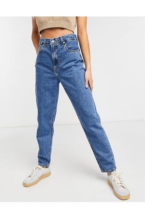 Levi's Levi's high loose tapered jean in midwash blue