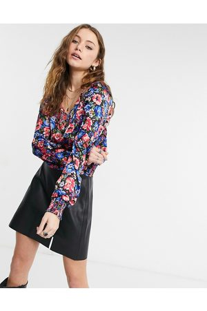 Only V neck long sleeve blouse in floral print-Multi