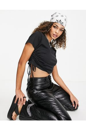 Urban Bliss Ruched side t-shirt in black
