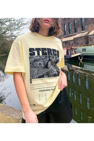 COLLUSION Stereo graphic print t-shirt in yellow