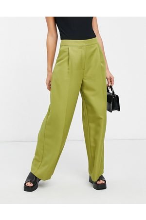 ASOS Slouchy dad wide leg trouser in olive-Green