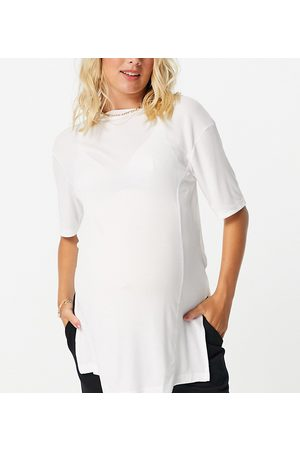 ASOS ASOS DESIGN Maternity oversized t-shirt with side splits and stitch detail in rib in white