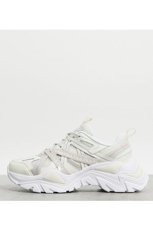 Fila Interation 2 trainers in off white