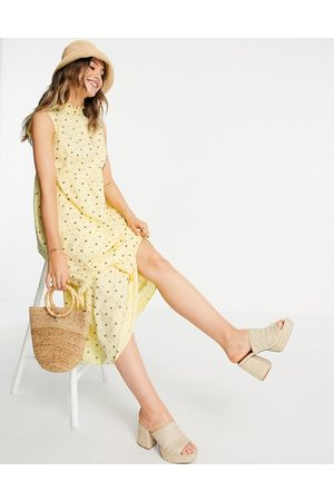 Pieces Anais high neck smock midi dress in popcorn yellow all over print-Multi