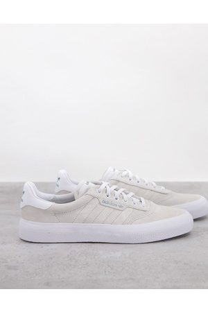 adidas 3MC trainers in off white