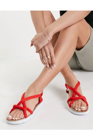 Camper Oruga padded knot sandals in red
