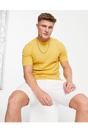 ASOS Muscle fit ribbed t-shirt in mustard-Yellow