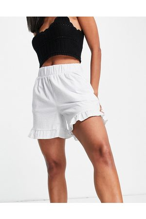 Pieces Frill hem shorts in white-Blue