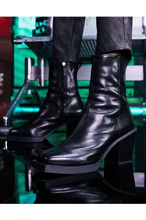 ASOS Heeled chelsea boots in black leather