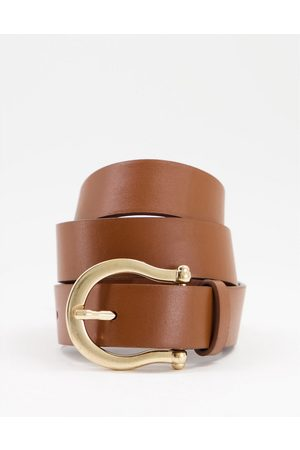 ASOS Waist and hip jeans belt with boyfriend end in tan-Brown