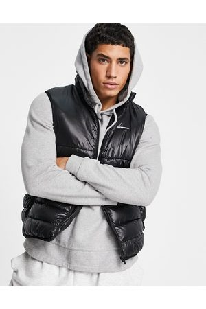 Good For Nothing Puffer gilet in black
