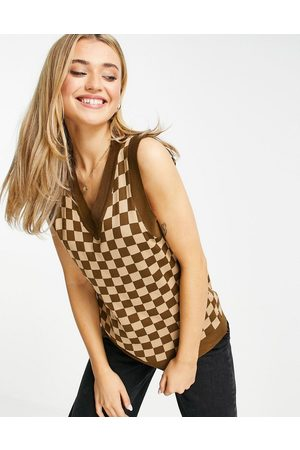 Daisy Street Oversized sweater vest in brown checkerboard knit co-ord