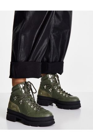 SELECTED Femme hiking boots in khaki-Green